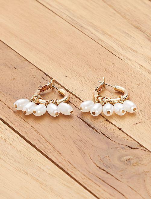 Aros dorados con perlas                             AMARILLO