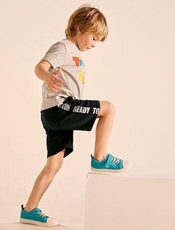 f80ff40b4 Accesorios, ropa y zapatos de niño | Kiabi