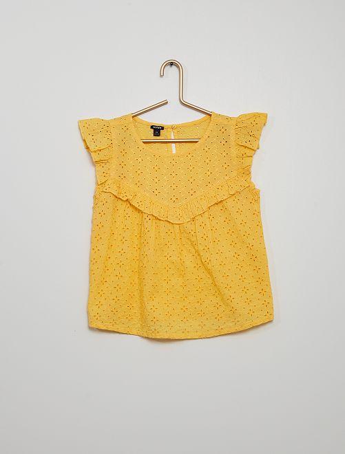 Blusa                                                                                                     amarillo dorado