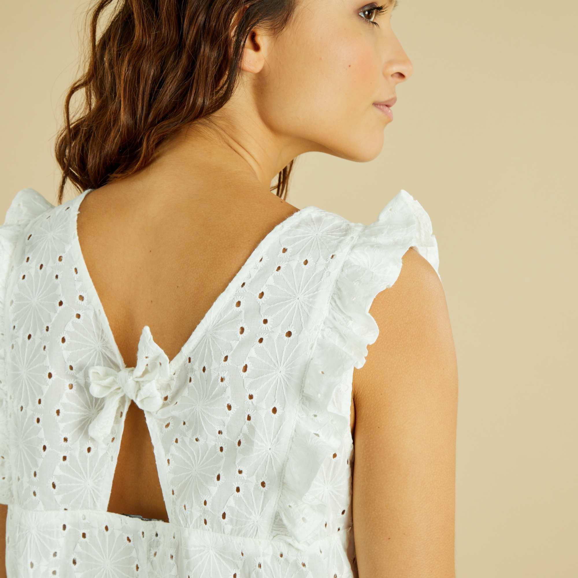 Blusa con bordado ingl s mujer blanco nieve kiabi 15 00 for Blanco nieve