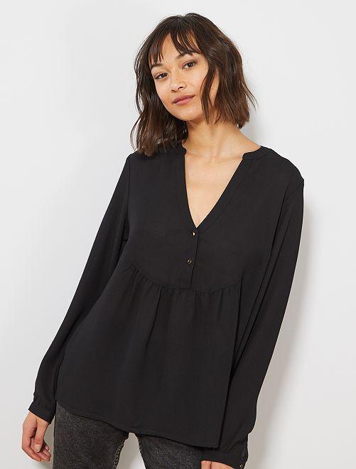 Blusa con corte babydoll                                                                 negro