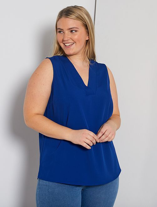 Blusa con cuello de pico                                                                 azul