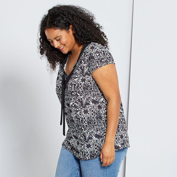 Blusa Con Cuello Lazado Tallas Grandes Mujer Negro Blanco Kiabi 15 00