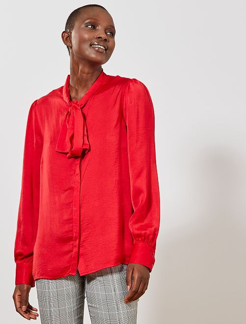 Blusa con cuello lazado                             rojo