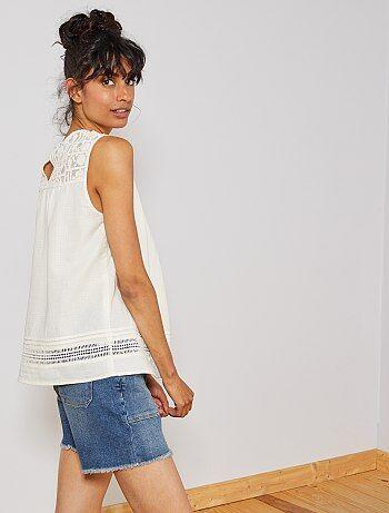 c8b17e3c9d6 Mujer talla 34 a 48 - Blusa con detalle de macramé - Kiabi