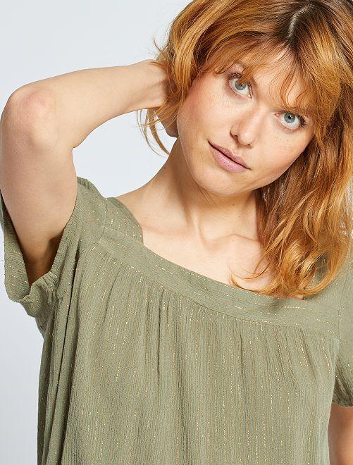 Blusa con escote cuadrado                                                                 verde liquen