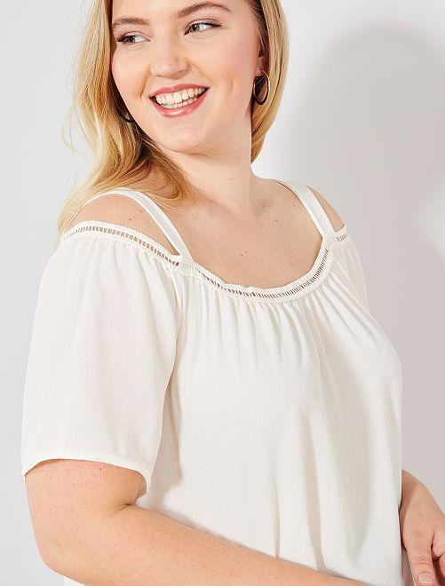 Blusa con hombros descubiertos                     marfil Tallas grandes mujer