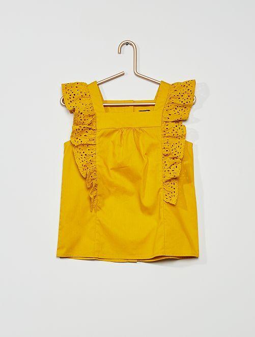 Blusa con volante                                                                 amarillo bronce