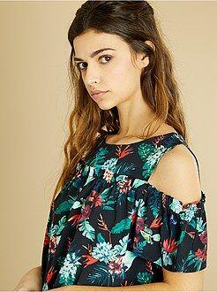 Tops, blusas - Blusa de flores con hombros descubiertos - Kiabi