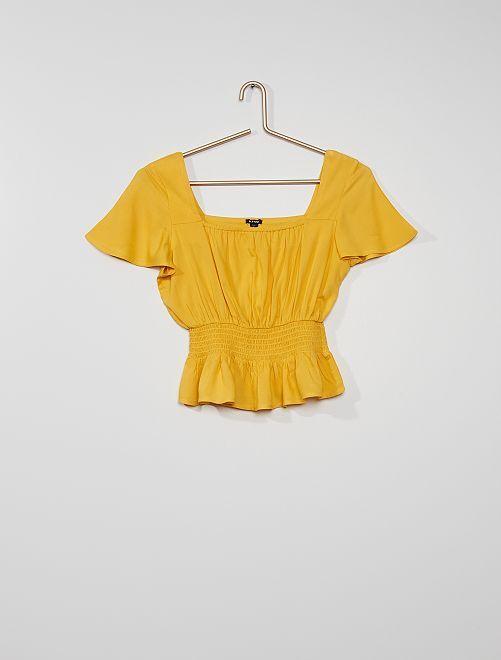 Blusa fruncida                                                     amarillo dorado