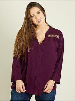 Tops, blusas - Blusa vaporosa con detalles de macramé