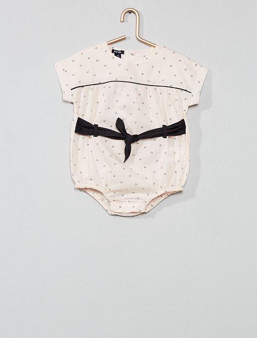 Body con adorno de cinturón                             ROSA Bebé niña