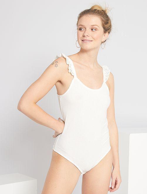 Body con detalle de bordado inglés                                         blanco nieve