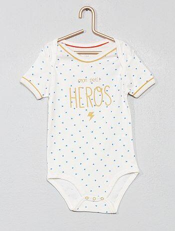 512c169ac Rebajas bodies mangas cortas bebé a precios baratos   moda Bebé   Kiabi