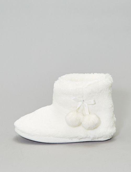 Botas de casa con pelo                             blanco