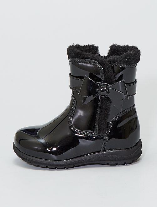 Botas de charol                             negro