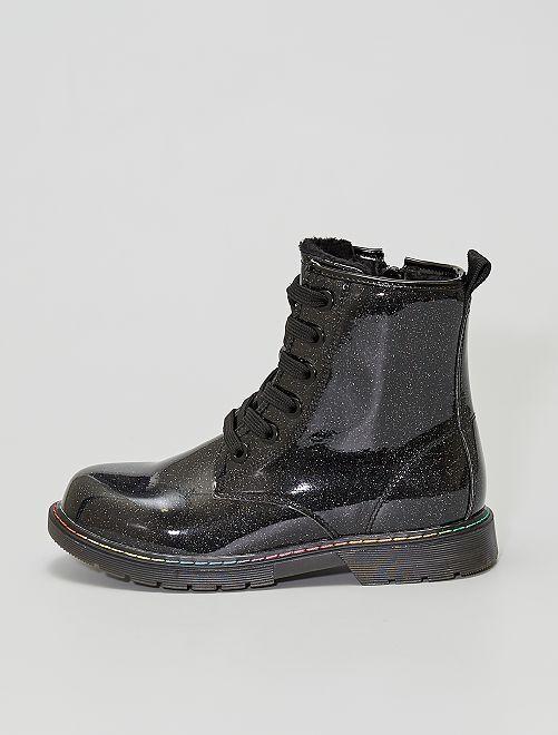 Botines brillantes estilo militar                             negro