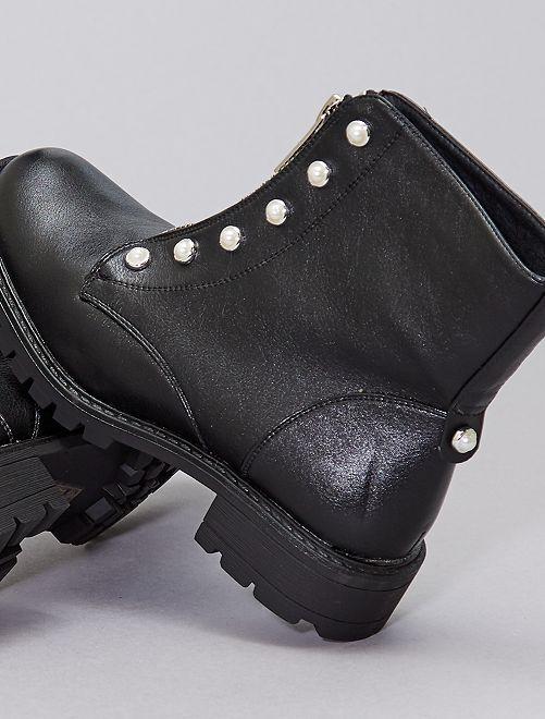 Botines con perlas                             negro