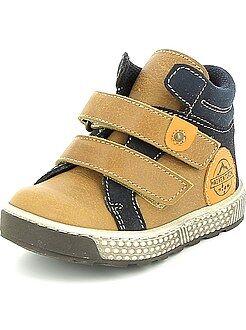 Zapatos - Botines de piel con velcro
