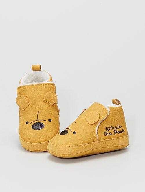Botines forrados 'Winnie The Pooh'                             AMARILLO