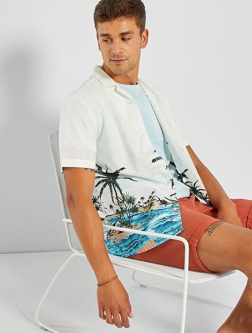 Camisa con estampado tropical en el bajo                             BLANCO