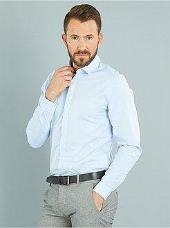 Camisas blancas - Camisa de algodón con motivo tejido y corte ajustado