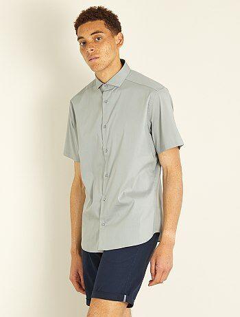 Hombre talla S-XXL - Camisa entallada de popelina elástica - Kiabi