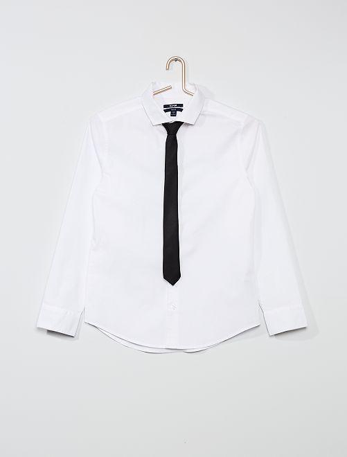 Camisa lisa + corbata                             blanco