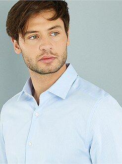 Hombre - Camisa recta de algodón en relieve con cuello italiano - Kiabi