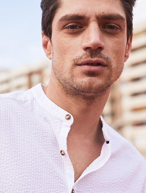 Camisa regular con cuello mao                                         blanco Hombre