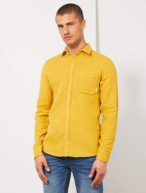 Camisa slim con textura                             AMARILLO