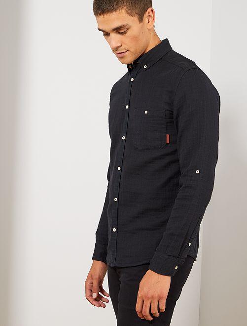 Camisa slim con textura                                                                 negro Hombre