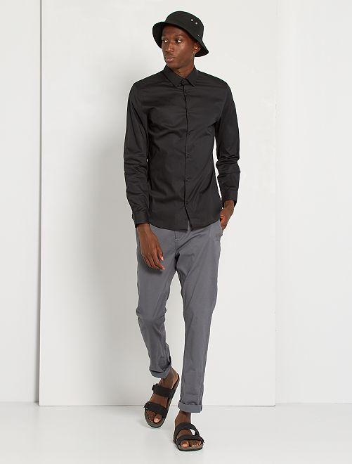 Camisa slim elástica                                                     negro