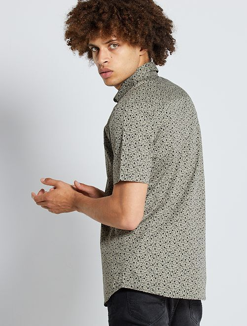 Camisa slim                                                                                                                                                                                         KAKI