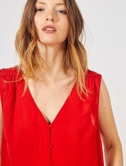Camisa vaporosa sin mangas                                                                             rojo bombero