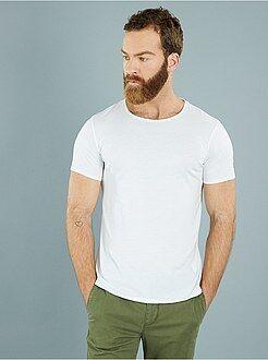 Camisetas blanco - Camiseta ajustada de punto ligero con cuello redondo