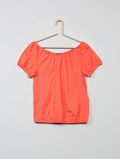 Camiseta bardot con bordado inglés                                                                             rosa coral Chica