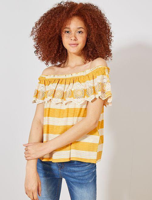 Camiseta 'Bardot' rayas y bordados                                                                                         AMARILLO