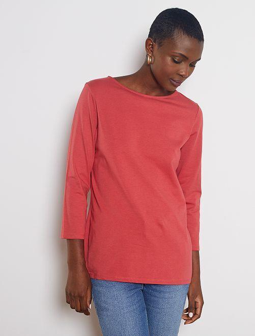 Camiseta básica con escote barco                                                                                                                                                                                                                                         rojo granate