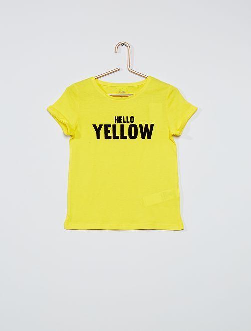 Camiseta básica estampada                                         AMARILLO