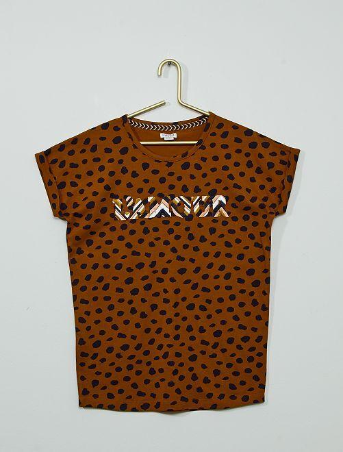 Camiseta bordada de manga corta                             marrón