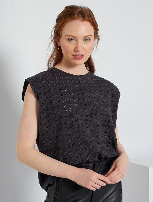 Camiseta con bordados en la parte delantera                                                                 gris oscuro
