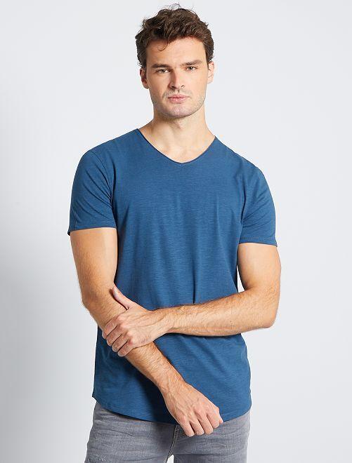Camiseta con cuello de pico +1,90 m                                                     AZUL