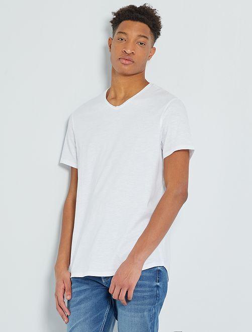 Camiseta con cuello de pico +1,90 m                                                                             blanco