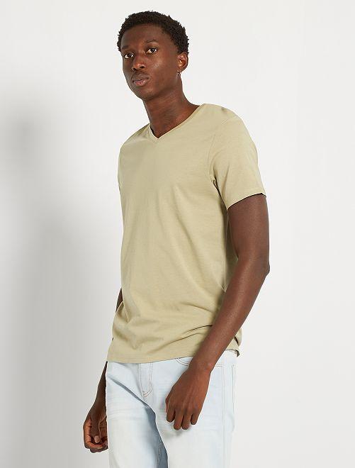 Camiseta con cuello de pico eco-concepción                                                                                                                                                                             caqui claro