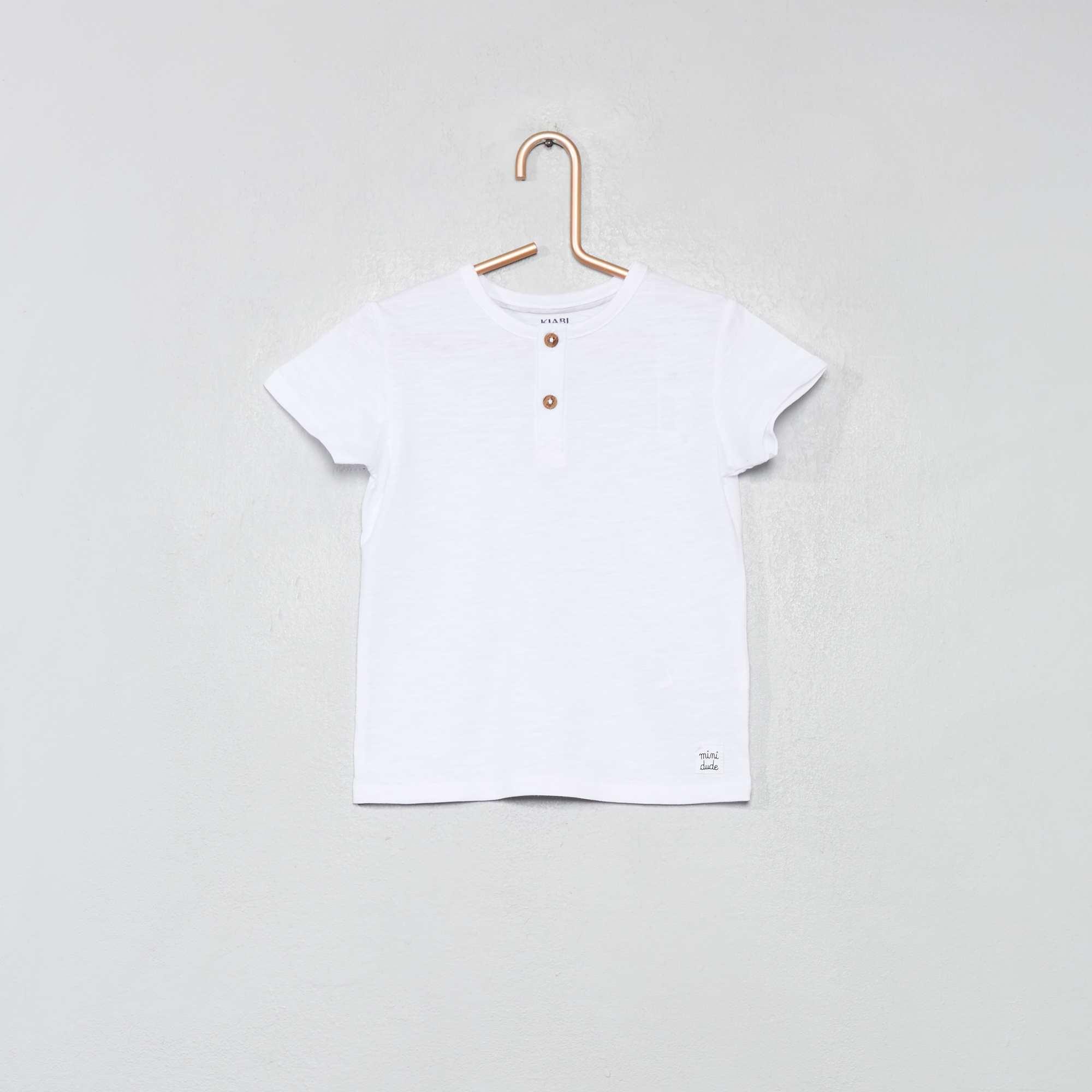 d3337945e Camiseta con cuello panadero de algodón orgánico blanco Bebé niño. Loading  zoom
