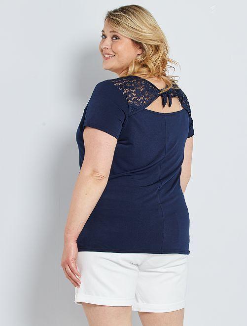 Camiseta con detalle de encaje                             azul marino