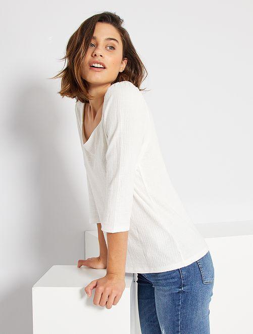 Camiseta con escote de corazón                             blanco nieve