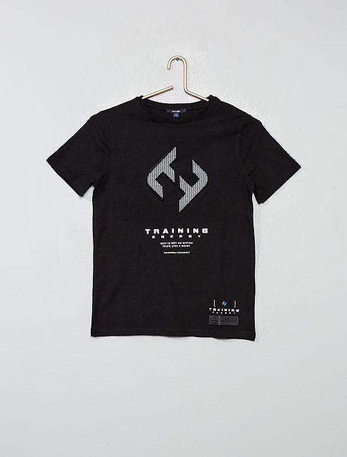 Camiseta con estampado con relieve                                         NEGRO