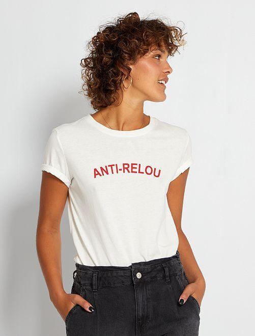 Camiseta con estampado de 'corazones'                                                                                                                                                                                                                                                                             AZUL